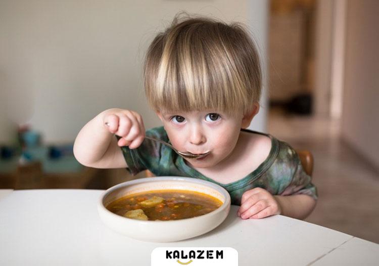 کودک یک ساله غذا کم می خورد