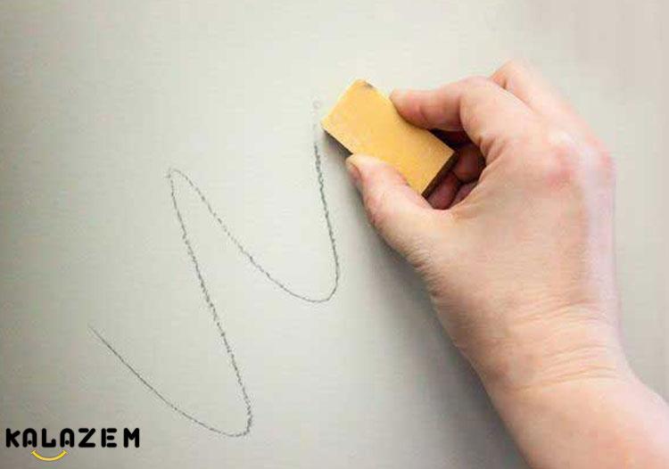 پاک کردن مداد و خودکار از دیوار خانه