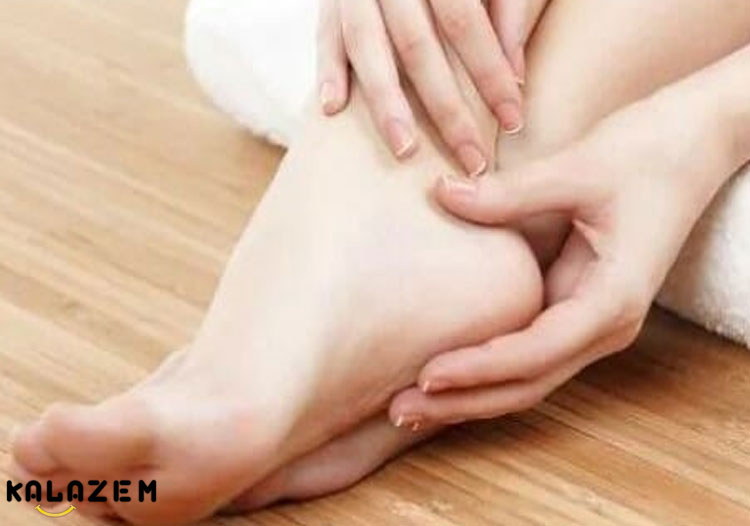 سفید شدن دست و پا